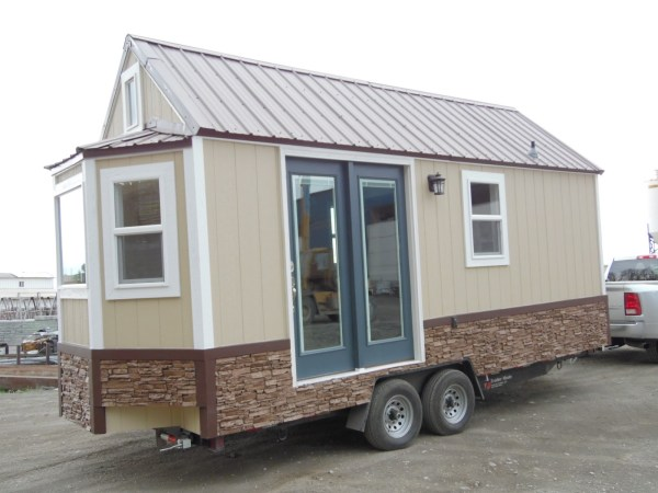 the-crosswinds-tiny-house-001