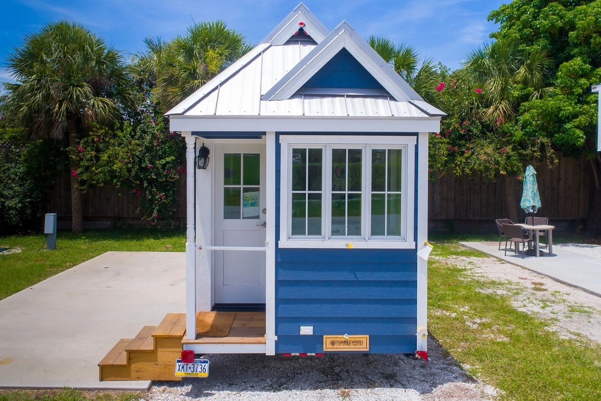 The eleanor tiny house for Small homes in florida