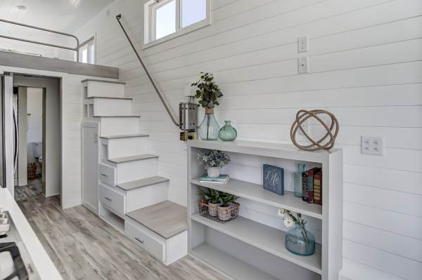 The Fox 28ft Tiny House by Modern Tiny Living 004