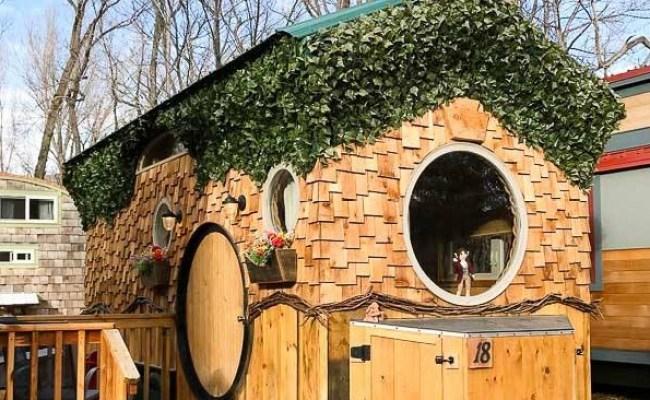 The Hobbit Tiny House Vacation In Lyons Colorado