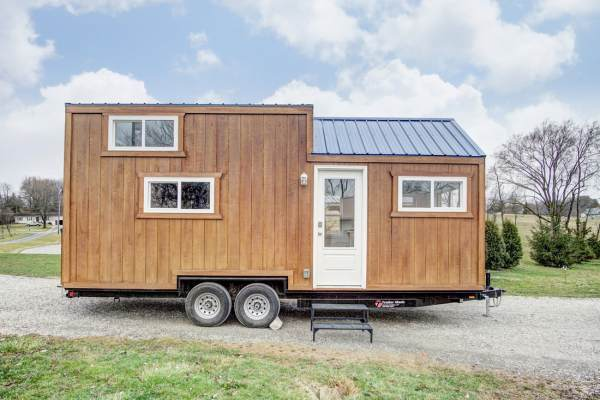 The Lodge Tiny House by Modern Tiny Living 001