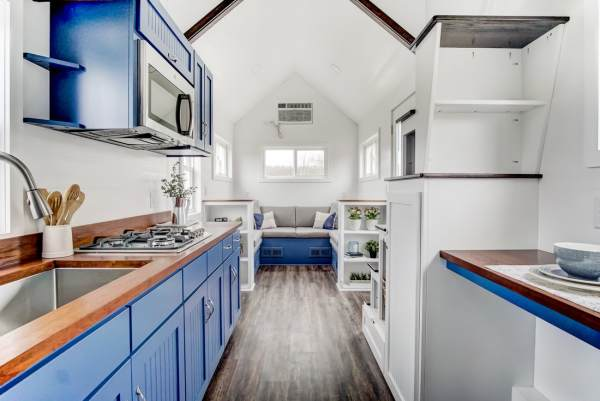 The Lodge Tiny House by Modern Tiny Living 0018