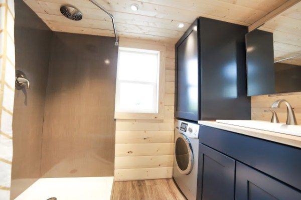 The Mansion Tiny House by Uncharted Tiny Homes 009