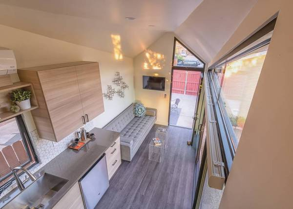 The Nest Tiny House Vacation in Phoenix_004