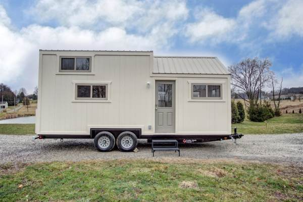 The Pearl Tiny House by Modern Tiny Living 001