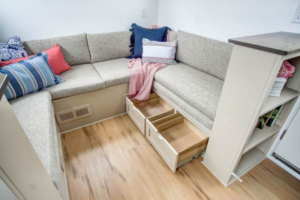 The Pearl Tiny House by Modern Tiny Living 0030