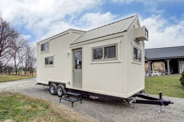 The Pearl Tiny House by Modern Tiny Living 0033
