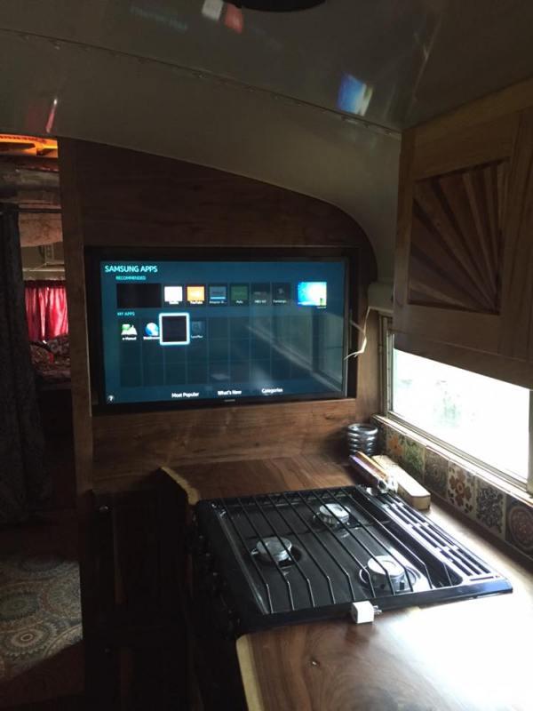 this-familys-calypso-skoolie-bus-conversion-002
