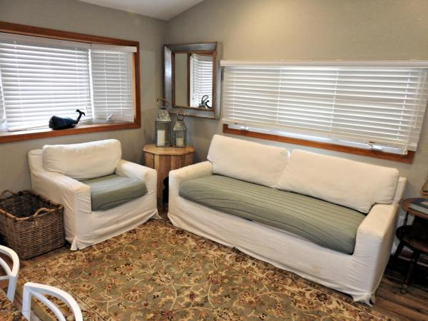 Tiny Beach Cottage in NJ For Sale 002