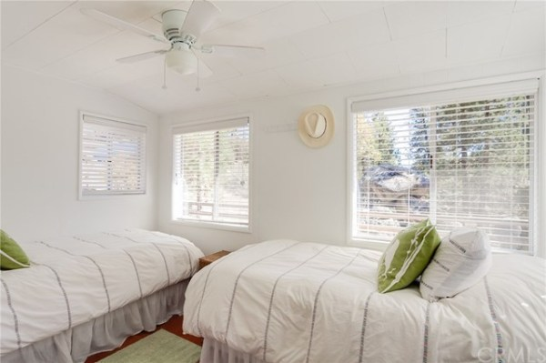 tiny-big-bear-cottage-on-2-acres-for-sale-015