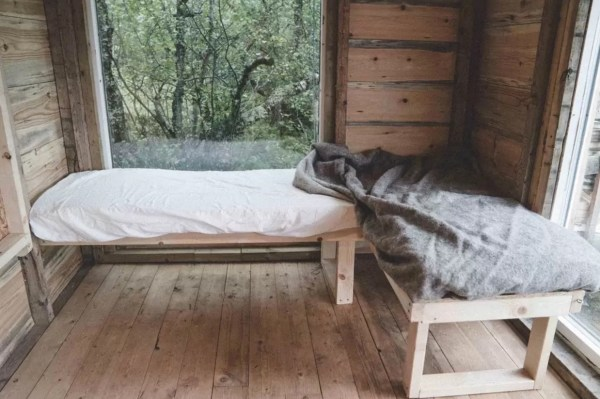 Tiny Cabin in Norway 004
