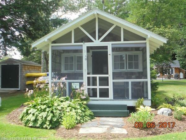 Tiny Cottage Madison Maine 009