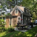 Tiny Cottage in Cape Cod 001