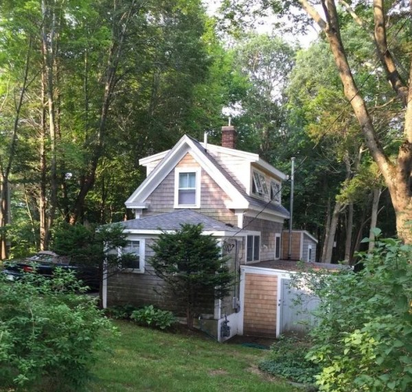 Tiny Cottage in Cape Cod 0011