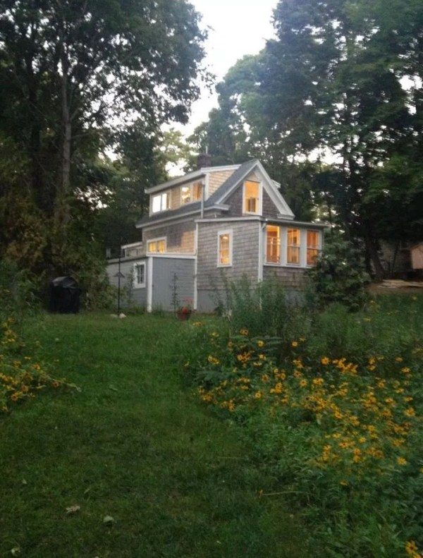 Tiny Cottage in Cape Cod 0013