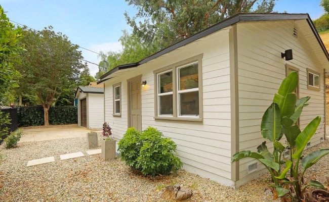 480 Sq Ft Tiny Cottage In Los Angeles For Sale