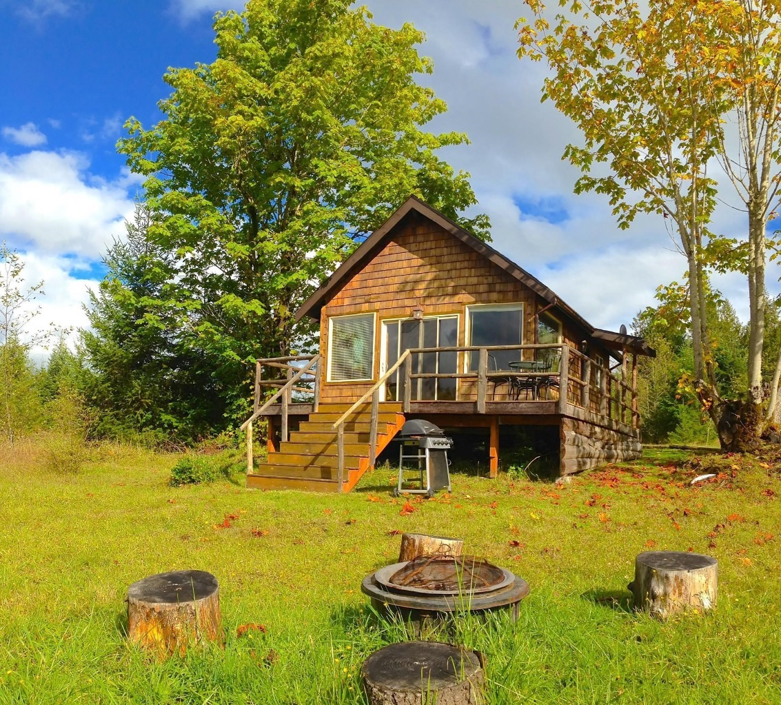 400 Sq Ft Tiny Pond Cottage on the Olympic Peninsula
