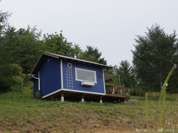 Tiny cottage with olympic mountain views in union wa for for Tiny house zillow