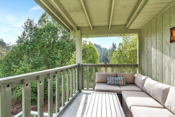 Tiny Cottage with View in Cazadero 0015
