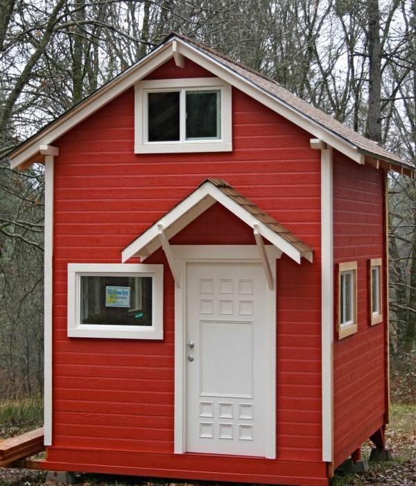 Tiny Garden House Cottage 001