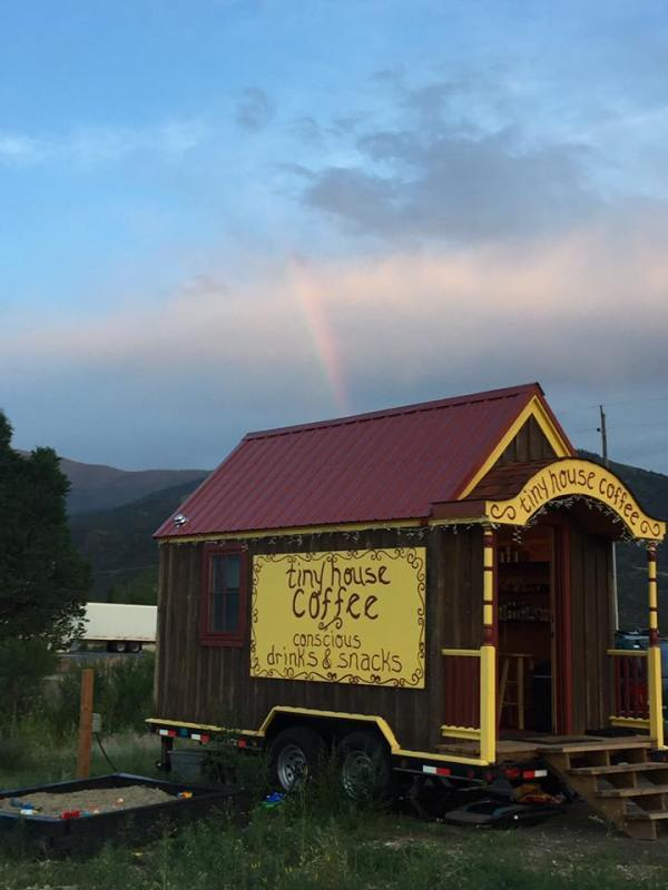 tiny-house-coffee-002