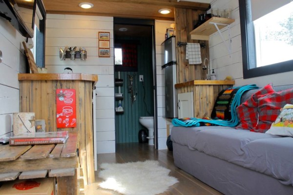 Tiny House For Sale in Lake Oswego 004