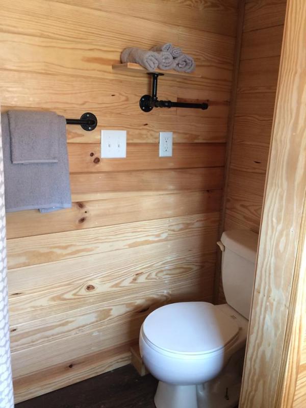 tiny-house-greensboro-for-the-homeless-2