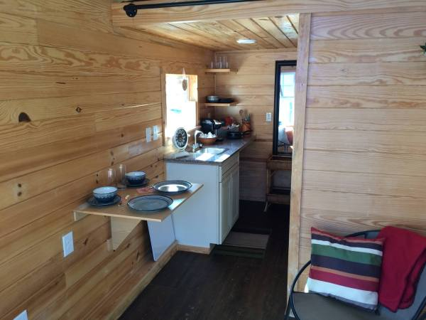 tiny-house-greensboro-for-the-homeless-7