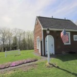 tiny-house-in-vermont-on-10-acres-001