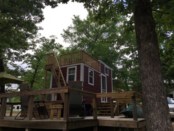 Tiny House with Rooftop Balcony For Sale 0044