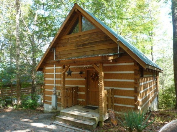 Tiny Log Cabin In The Great Smoky Mountains (For Sale