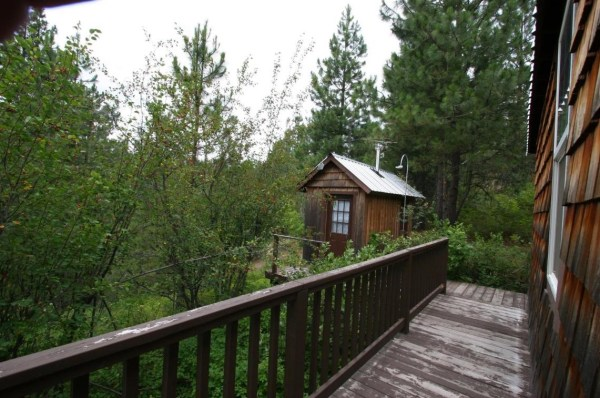 Tiny Newport Cabin 0017