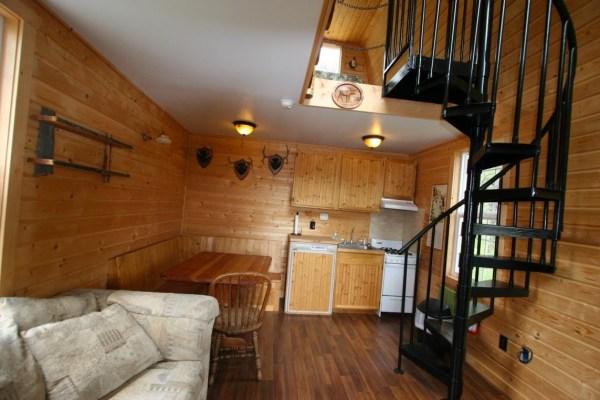 Tiny Newport Cabin 003