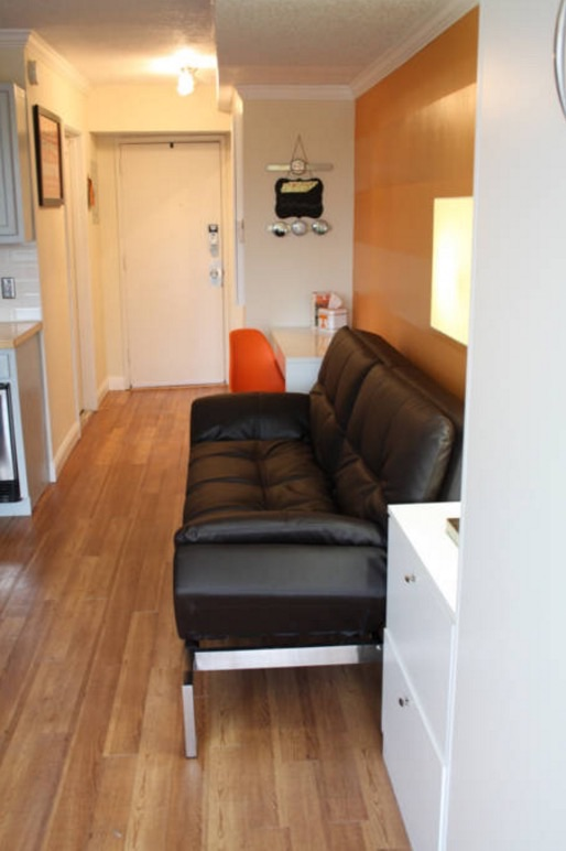 Tiny Studio Apartment in Knoxville 004