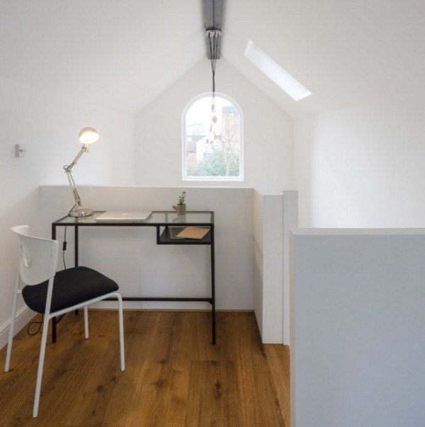 Tiny Townhouse in England by Intervention Architecture B002