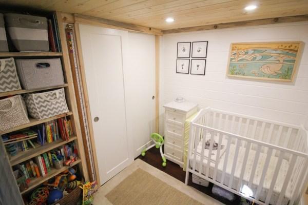 Tiny Urban Cabin 0019