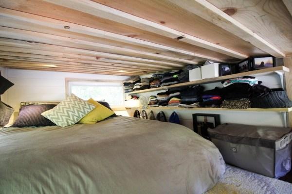 Tiny Urban Cabin 0023