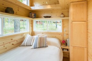 Traveler XL Tiny Home with Downstairs Bedroom