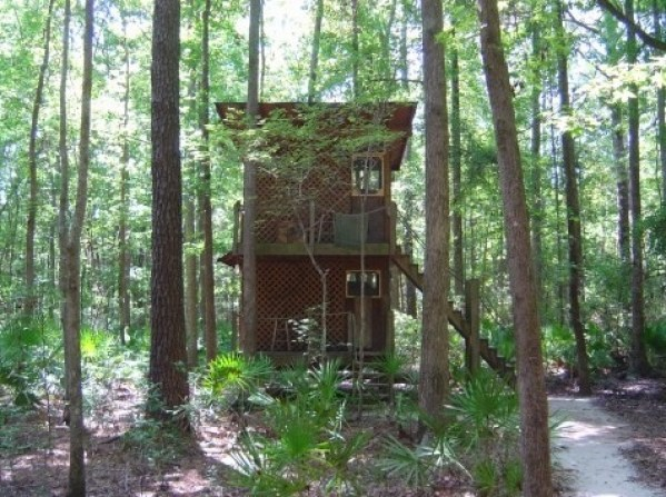 Tree Houses at Hostel Forest in Brunswick Georgia 005