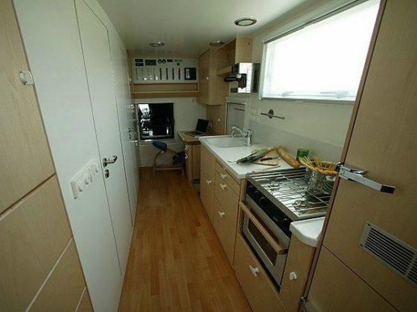 Unicat-TerraCross-off-road-house-truck-tiny-home-005