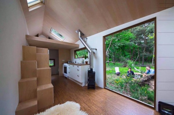 Womans Legal Tiny House in the Netherlands 003