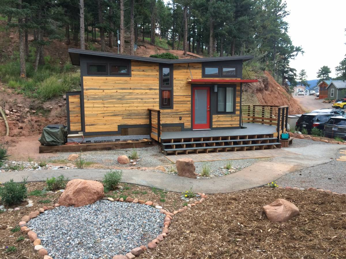 move in ready tiny house in a legal community for sale near colorado springs