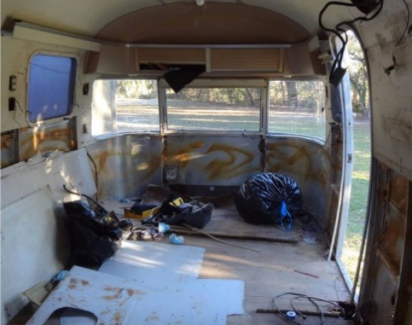 Wundertow Family Living and Traveling in 1977 Airstream 005