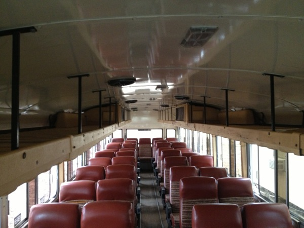 Young-Couple-Travel-US-in-Converted-1984-Blue-Bird-Bus-003