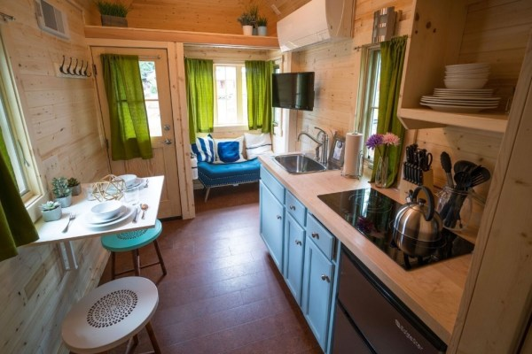 Zoe Cypress 20 Tiny House at Mt Hood Tiny House Village via TinyHouseTalk-com 004