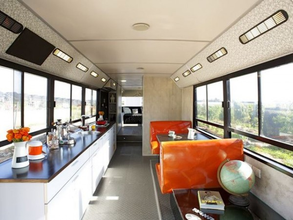 Two Ladies Convert an Abandoned Bus to an Awesome Home