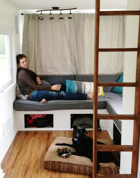 almost-glamping-tiny-house-02