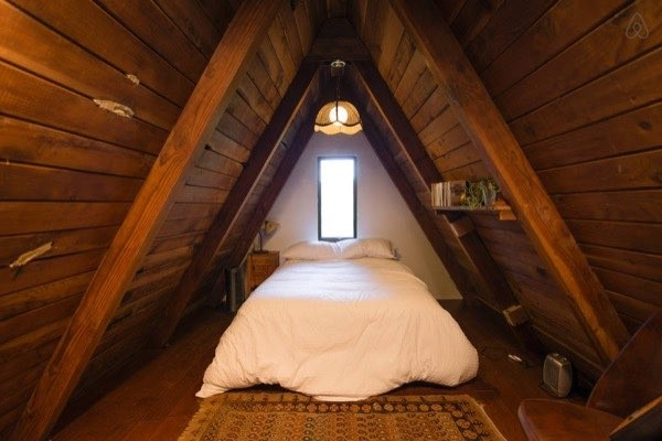 amazing-tiny-a-frame-cabin-in-the-redwoods-012