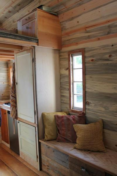 aprils-tiny-house-8
