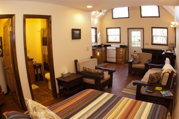 asheville-tiny-cabin-10